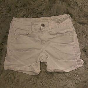 American Eagle Super Stretch White Shorts Size 2